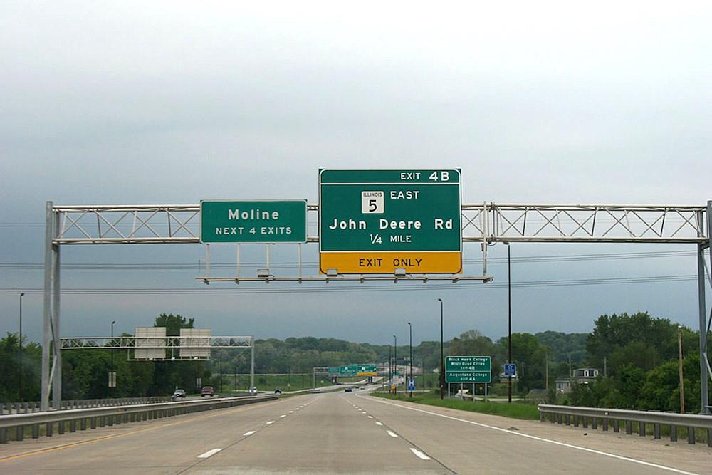 Illinois-5-John-Deere-Road
