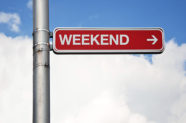 Street sign - weekend