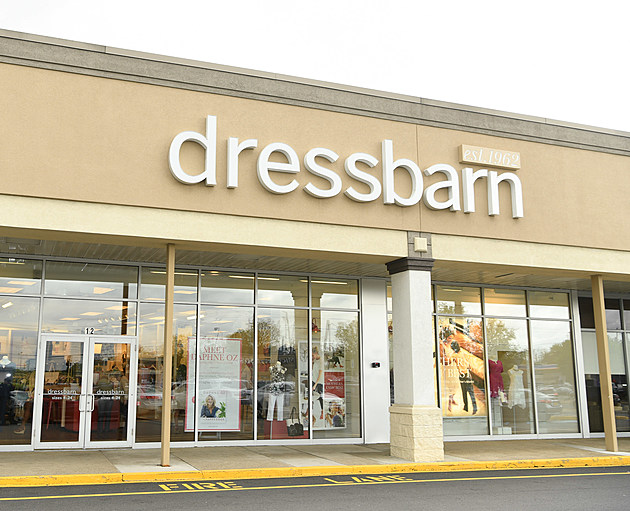Daphne Oz Hosts Book Signing at dressbarn for her Book THE HAPPY COOK